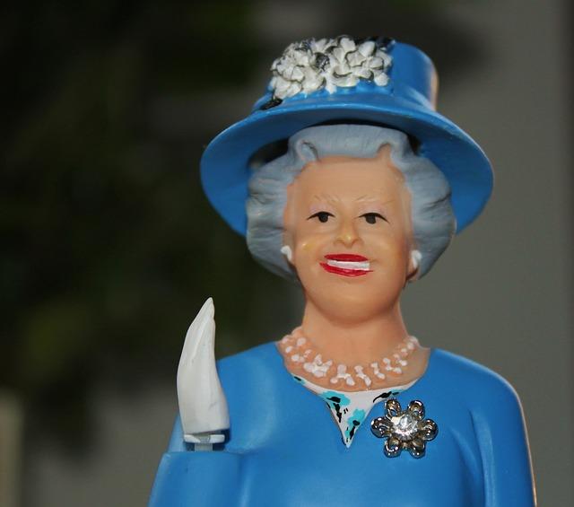 queen-595685_640