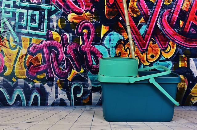 graffiti-2023845_640